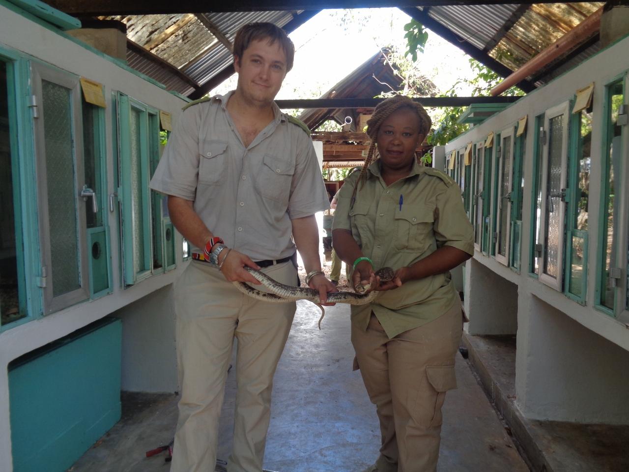 Nancy Njeri and Kyle Ray - profesional snake handlers at Bio-Ken Snake Farm Watamu, Kenya