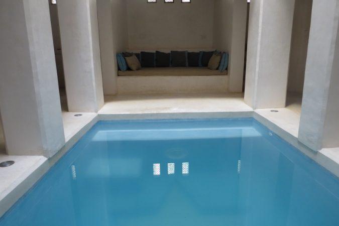 Ground-level plunge pool in Nyota House Photo: Maya Mangat
