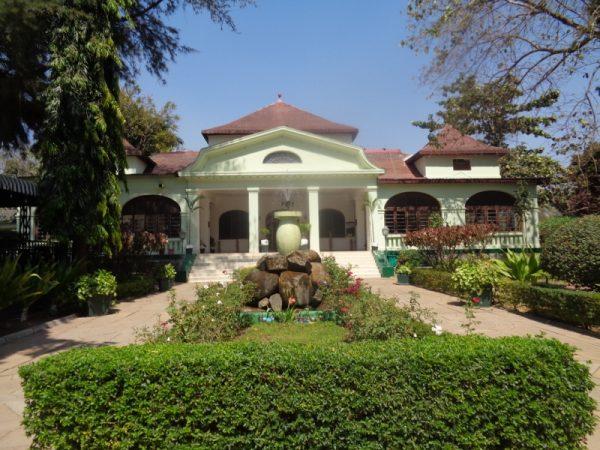 Tabora Hotel built aroond 1900- Copyright Rupi Mangat