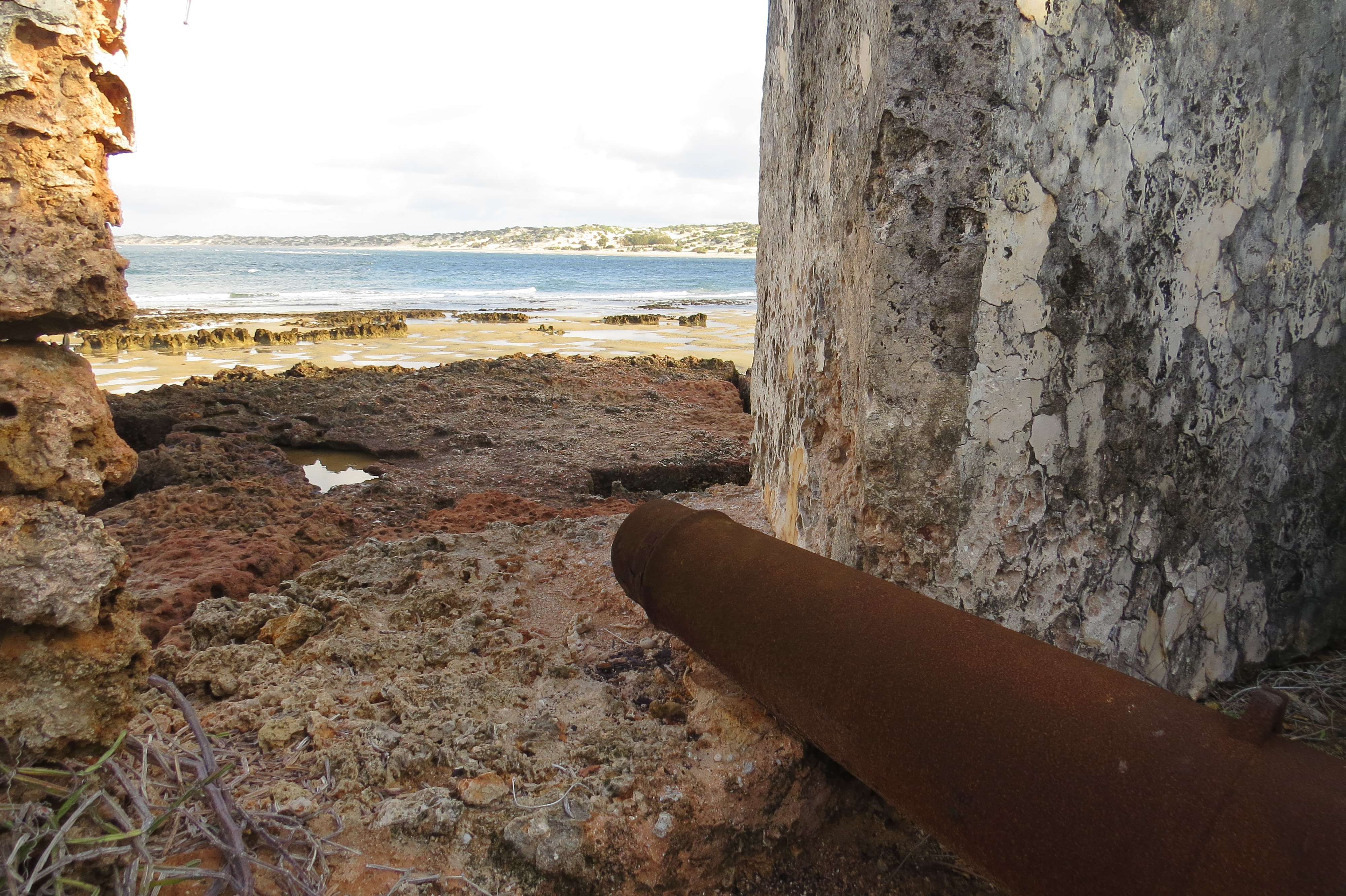 Centuries-old fort on Manda island with canon pointing to the sea to ward off unwanted 'guests'. Copyright Rupi Mangat