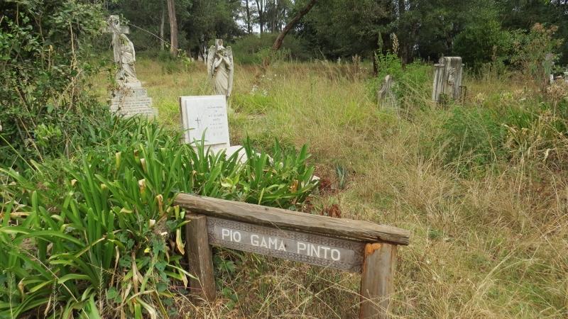 Pio Gama Pinto's grave in cemetry at Nairobi City Park. Copyright Rupi Mangat Feb 2019 (800x450)