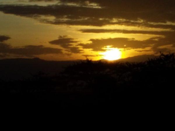 Sunrise Lake Naivasha KWS ground Copyright Desire James Wainaina (800x600)