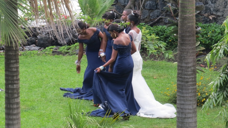 Wedding photoshoot in Goma in a private garden on Lake Kivu. Copyright Rupi Mangat (800x450)