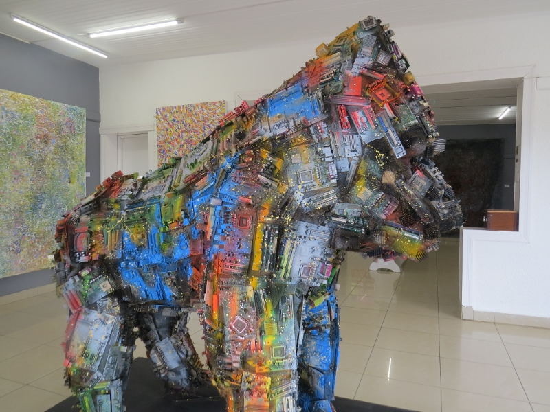 Mountain gorilla made from waste electronic junk at INEMA Art Centre in Kigali. Copyright Rupi Mangat. One time use only (800x600)