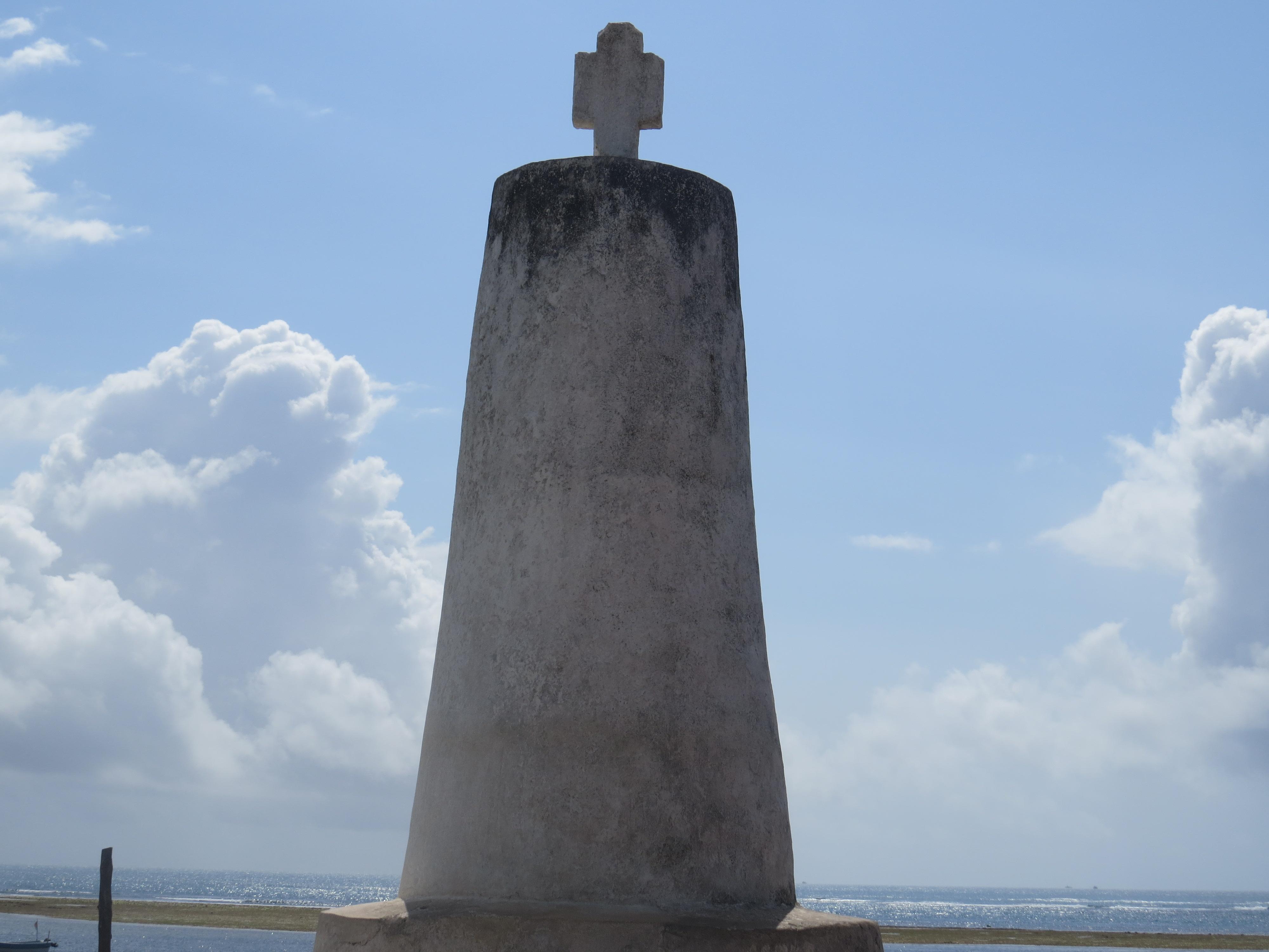 Vasco da Gama pillar in Malindi. Copyright Rupi Mangat