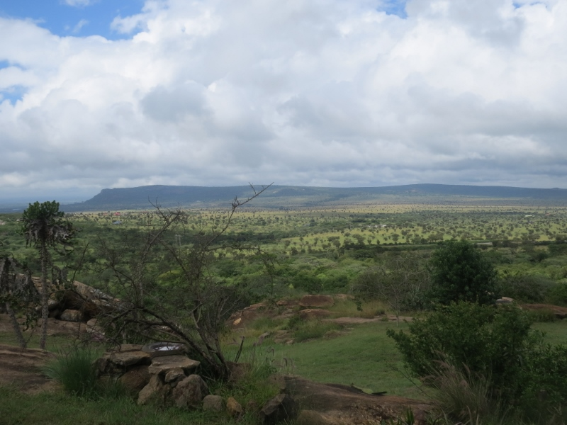 Plains of Maanzoni with Lukenya ridge in foreground. Copyright Rupi Mangat (800x600)