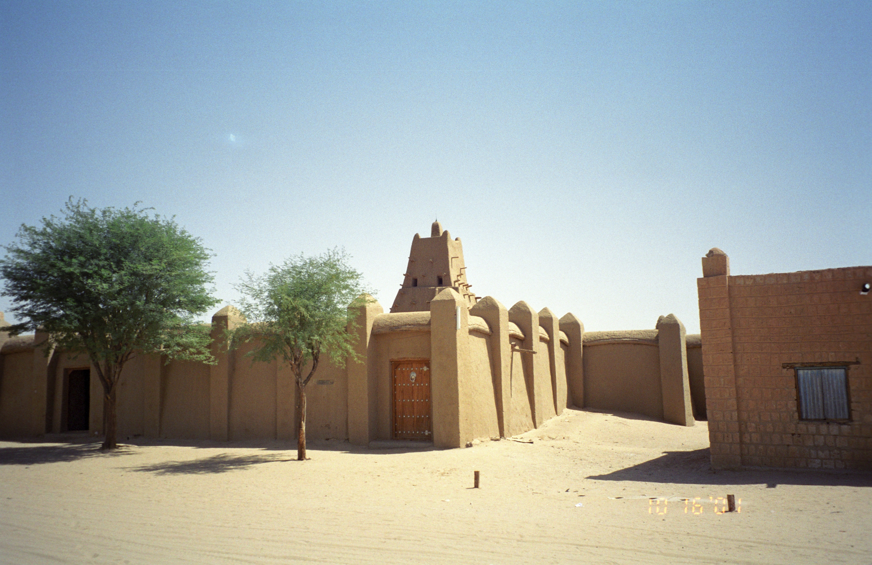 Sankore_Mosque_in_Timbuktu Credit upyernoz from Haverford, USA