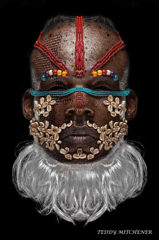 DISAPPEARING AFRICA (THE MASK)