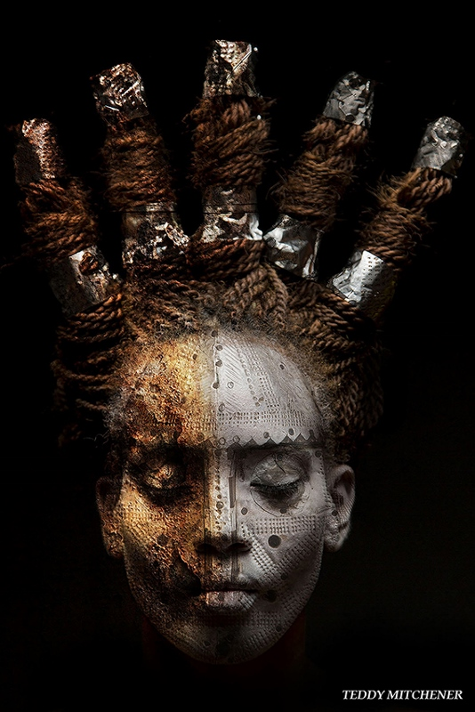 Disappearing Africa mask, the Ntoma, Bambara peoples, Mali, copyright Teddy Mitchener (534x800)